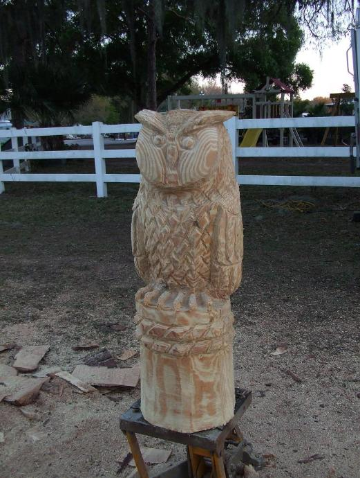 Handmade chainsaw carved owl by parrish chainsaw carving